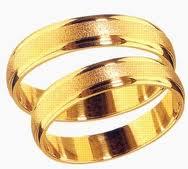 Arany karikagyűrűket keres?